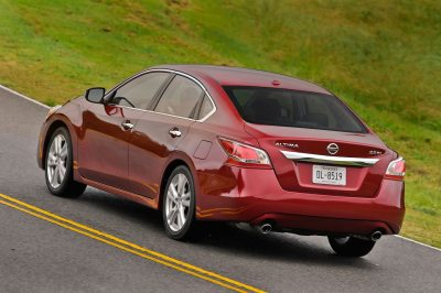 2014 Nissan Altima Reviews and Rating | Motor Trend