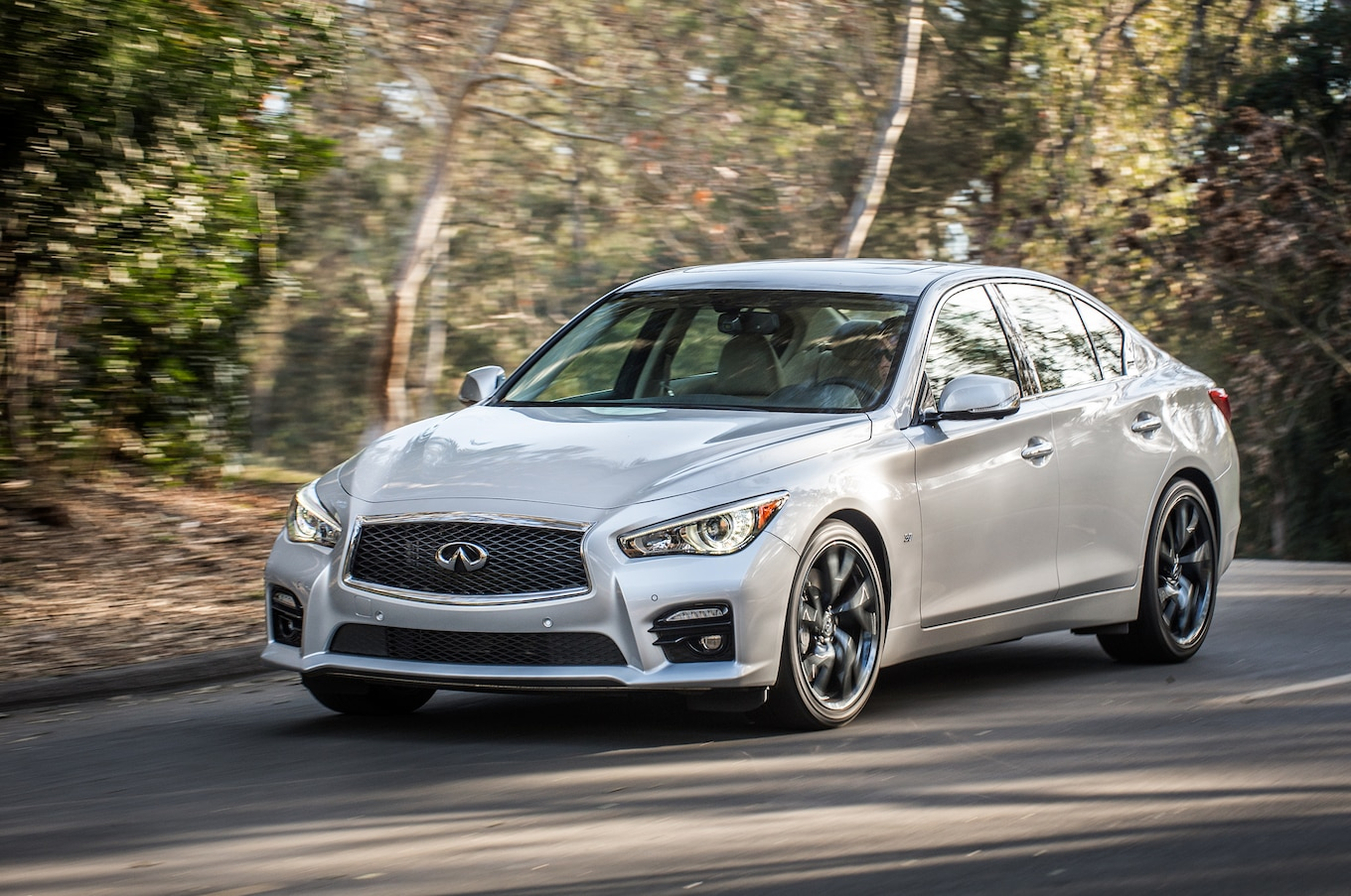 2015 Infiniti Q50 Reviews and Rating | Motor Trend