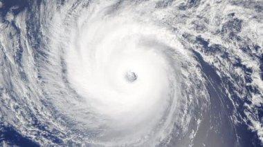 Hurrikan Sturm Tornado über die Erde aus dem Weltraum, Satelliten-Ansicht — Stockvideo ...