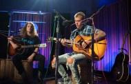 Video: Justin Bieber - Live on Radio 1's Live Lounge Month