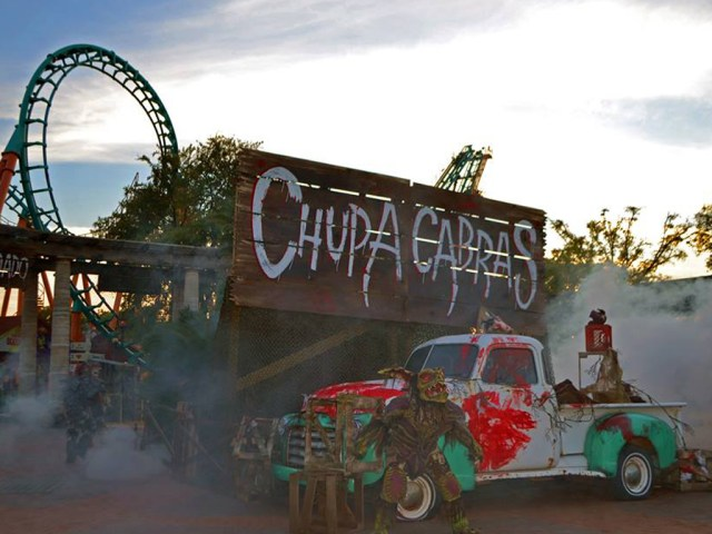Six Flags Scare Zone - Chupacabras From Hell