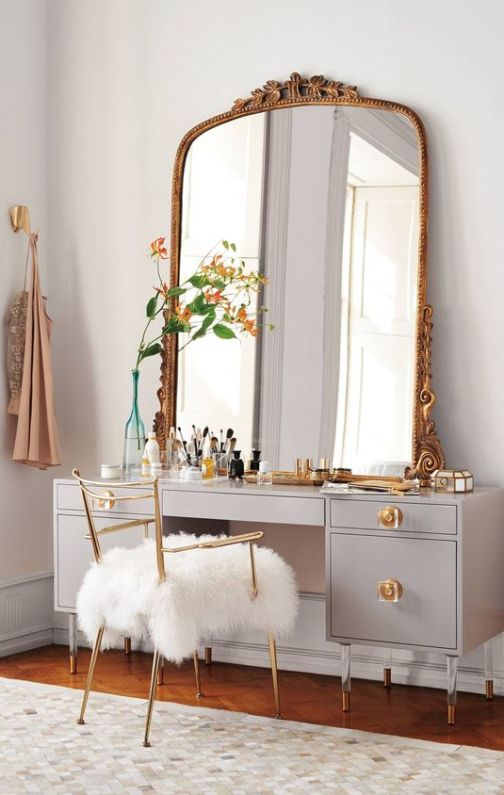 organized vaity mirror with large mirror