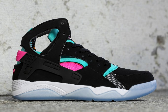 "Nike Air Flight Huarache ""South Beach"""
