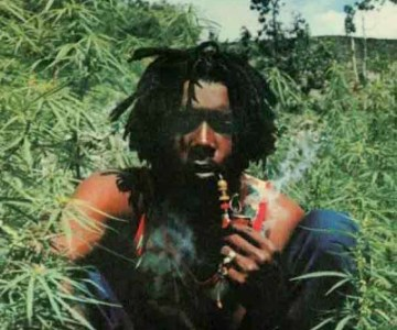 Peter Tosh – Legalize it Video