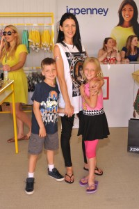 Liberty Ross & kids