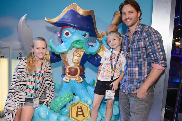 Peter Facinelli Attends Skylanders SWAP Force E3 Booth