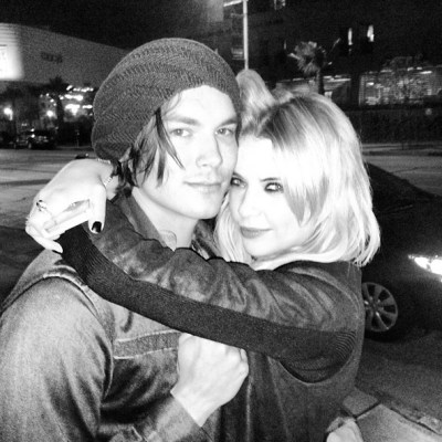 Tyler Blackburn & Ashley Benson