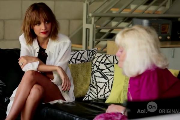 Nicole Richie & Dog psychic