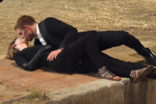 Rob Pattinson & Mia Wasikowska