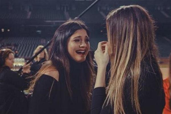 Kylie Jenner & Khloe Kardashian