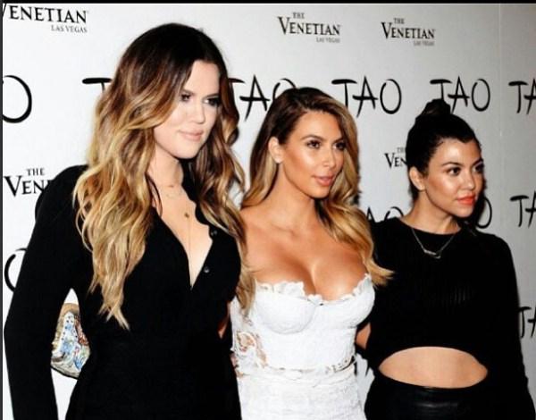 Khloe Kim & Kourtney Kardashian
