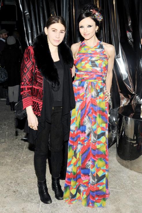 Zosia Mamet & Stacey Bendet
