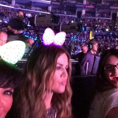 Kris Jenner, Khloe Kardashian & Kendall Jenner