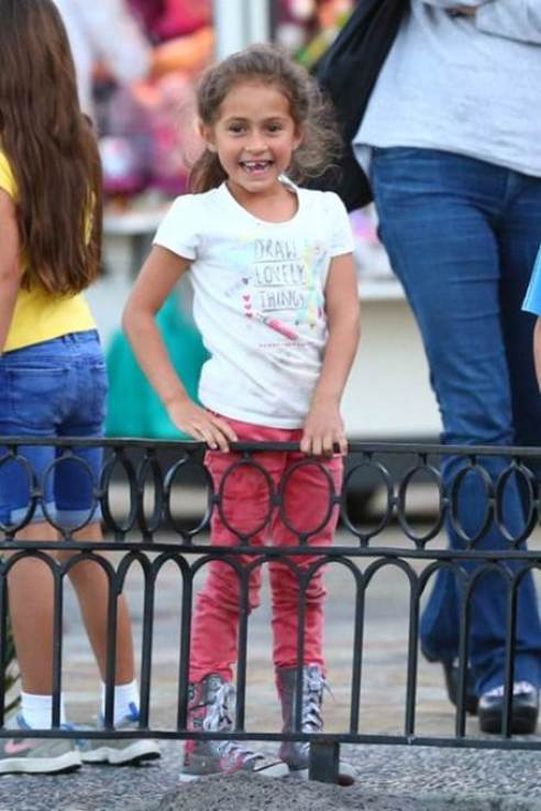 Jennifer Lopez & Marc Anthony's daughter, Emme, wearing her SKECHERS Twinkle Toes: Shuffles - Megastar