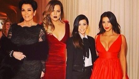 Kris Jenner, Khloe, Kourtney & Kim Kardashian