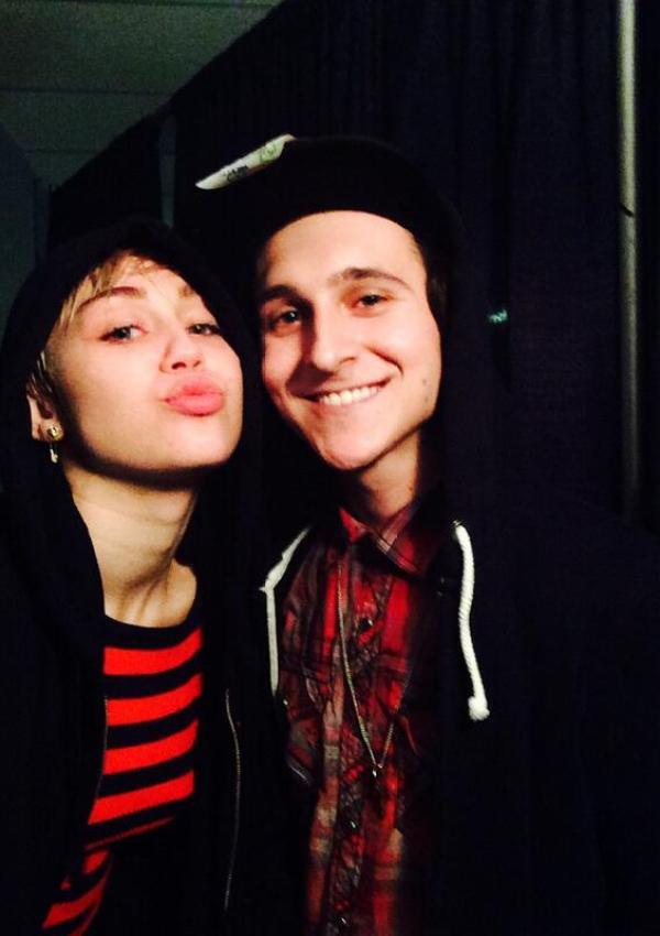 Miley Cyrus & Mitchel Musso