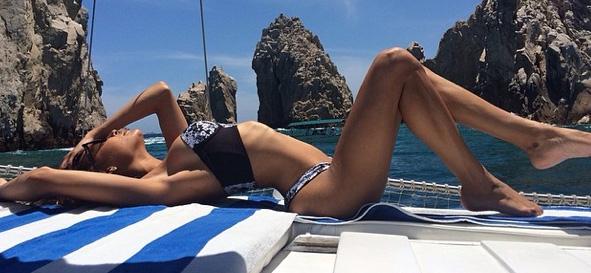 naya bikini 1