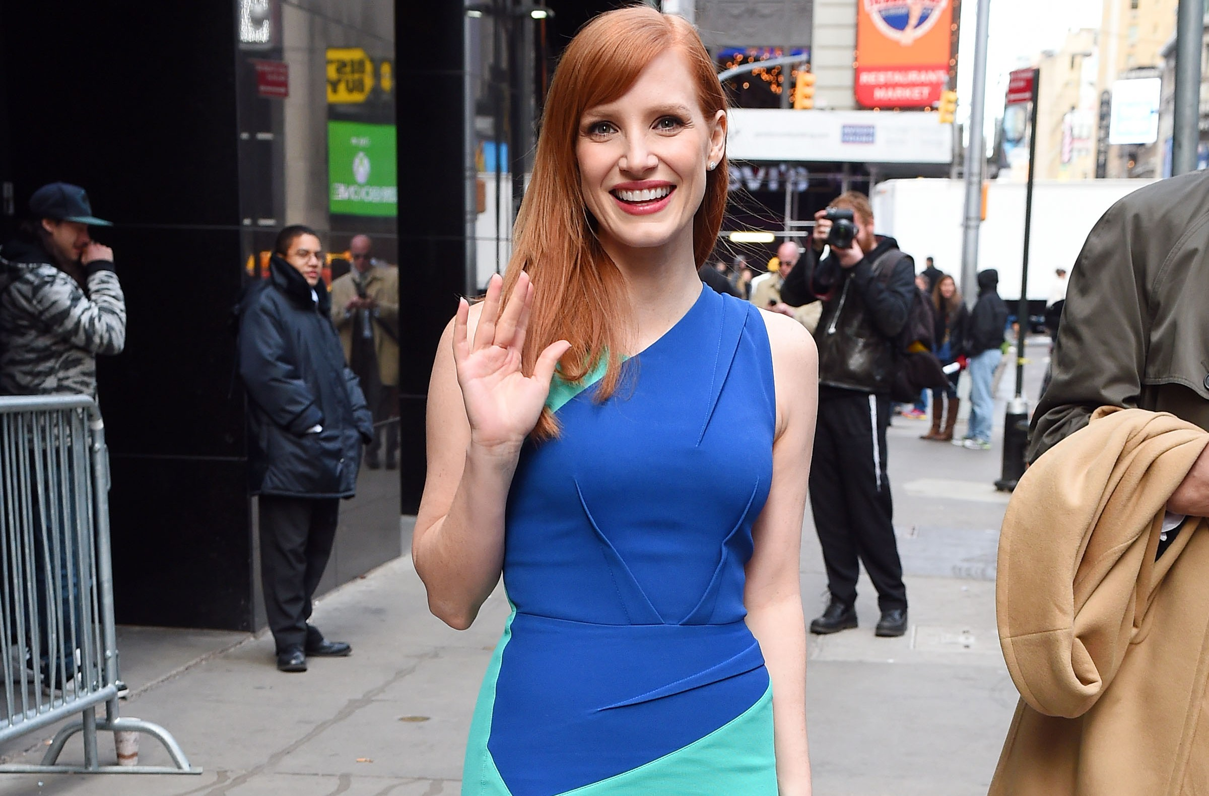 Jessica Chastain promotes Interstellar at GMA in NYC.