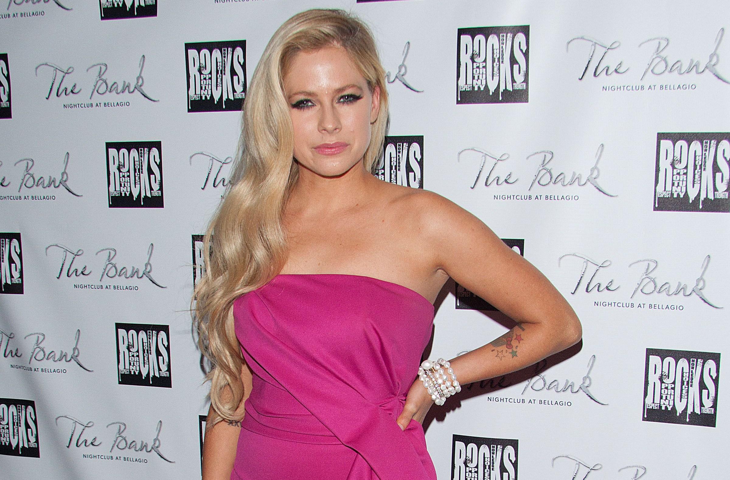 Avril Lavigne Rehab