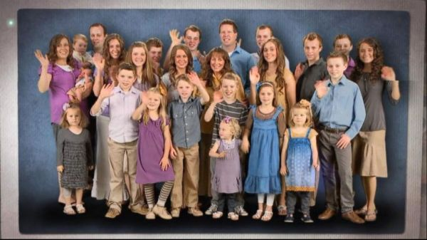 17 and counting duggars religion large