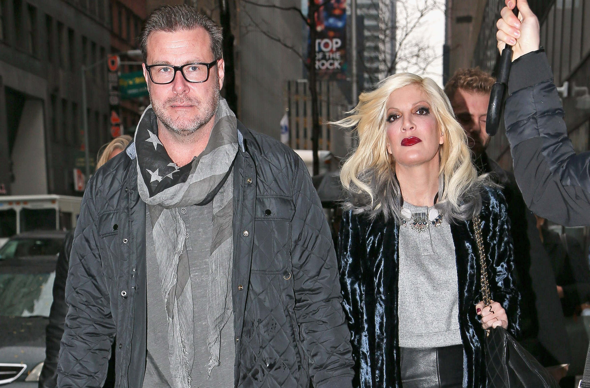 Tori Spelling and Dean McDermott Therapy