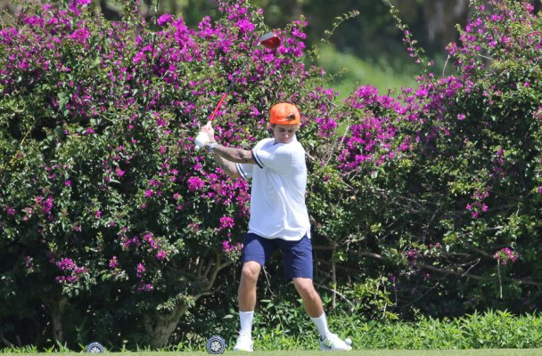 justin-bieber-playing-golf-hawaii-03