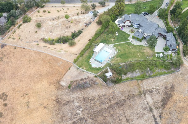 EXCLUSIVE: ** PREMIUM RATES APPLY ** The green watered lawns of Hollywood's A-listers during CA's worst drought on record.