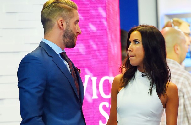 "Shawn Booth and Kaitlyn Bristowe show some PDA as they stoped by the ""Good Morning America"" yesterday in Times Square, NYC  Pictured: Shawn Booth and Kaitlyn Bristowe  Ref: SPL1084608  280715   Picture by: Splash News  Splash News and Pictures Los Angeles:	310-821-2666 New York:	212-619-2666 London:	870-934-2666 photodesk@splashnews.com"