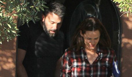 51840723 Estranged couple Ben Affleck and Jennifer Garner go to a doctors appointment together in Santa Monica, California on September 3, 2015. The pair were all smiles despite the fact that they are going through a divorce. FameFlynet, Inc - Beverly Hills, CA, USA - +1 (818) 307-4813
