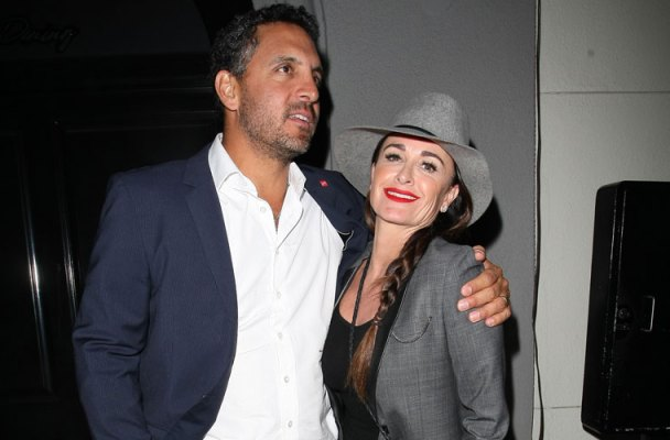 kyle-richards-mauricio-umansky-glimpse-into-sex-life-08