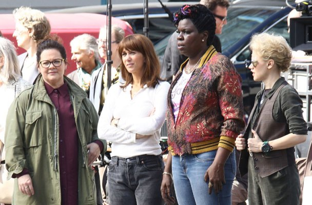 ghostbusters-drama-on-set-kristen-wiig-fighting-cast-mates-07