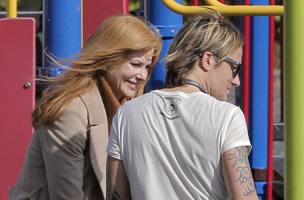nicole kidman pda keith urban playground photos