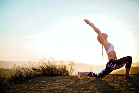 Yoga2-483x322