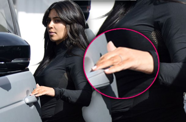 Kim Kardashian Kanye West Divorce Wedding Ring Off