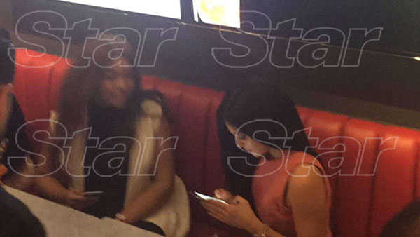 kylie-jenner-sugar-factory-orlando-rude-disappoints-fans-exclusive-04