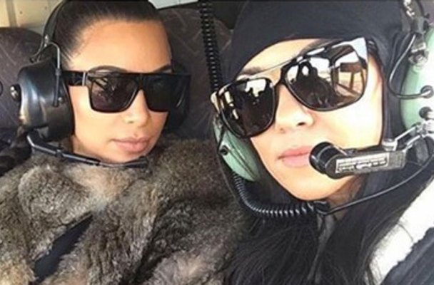 kardashians-take-selfies-during-helicopter-emergency