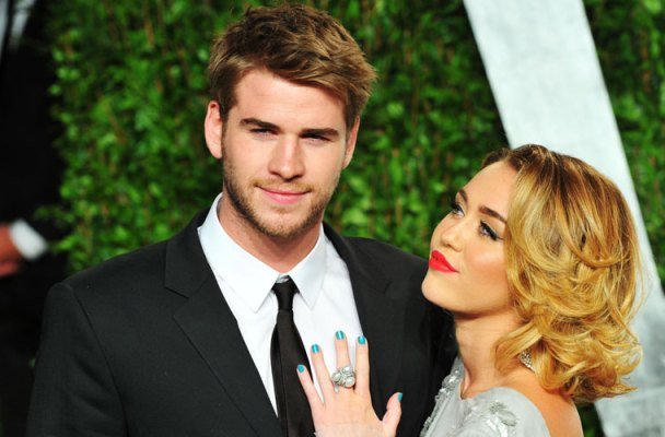 miley cyrus liam hemsworth secret wedding plans
