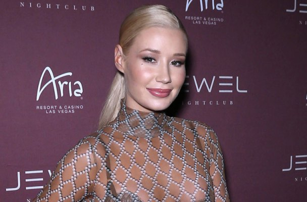 iggy-azalea-caught-clubbing-french-montana-las-vegas