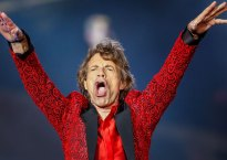 mick jagger girlfriend pregnant baby