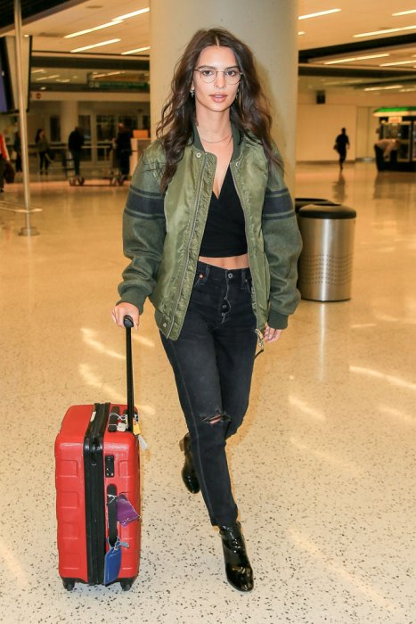 *EXCLUSIVE* Emily Ratajkowski looks Chic in Geek at JFK airport