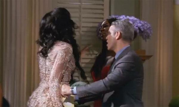 real-housewives-feuds-fights-rhony-rhoc-rhoa-rhobh-bethenny-frankel-vicki-gunvalson-018