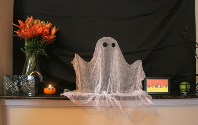spray starch cheesecloth ghost