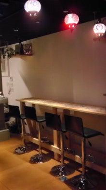 タコライス COMEDOR-木製カウンター