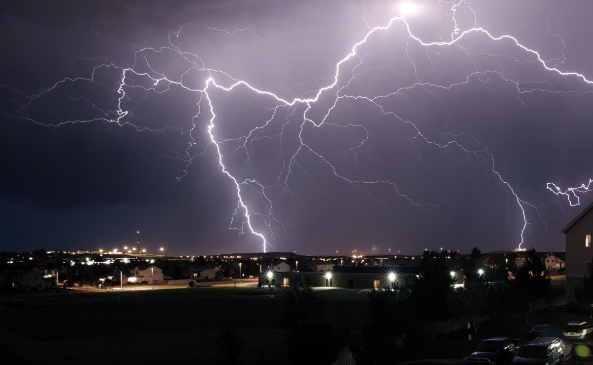 light-night-weather-storm-darkness-lightning-thunder-thunderstorm-rays-electric-rain-872562