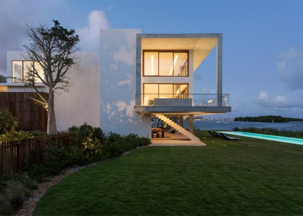 Casa Bahia, Miami