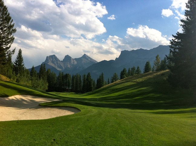 Silvertip Golf Resort in Canmore