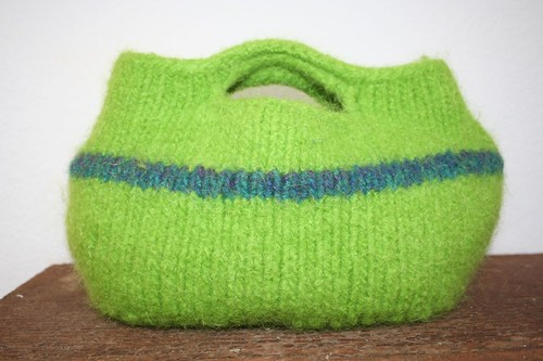 Buttonhole bag 2, felted