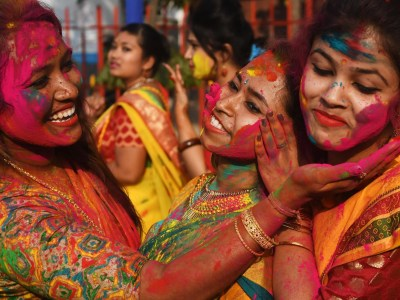 Holi 2019: When is the Indian Festival of Colours and how ...