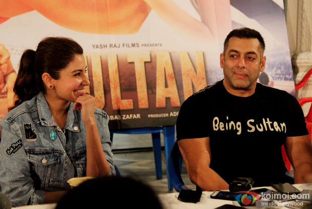 Anushka Sharma, Salman Khan at press meet of Sultan's Success