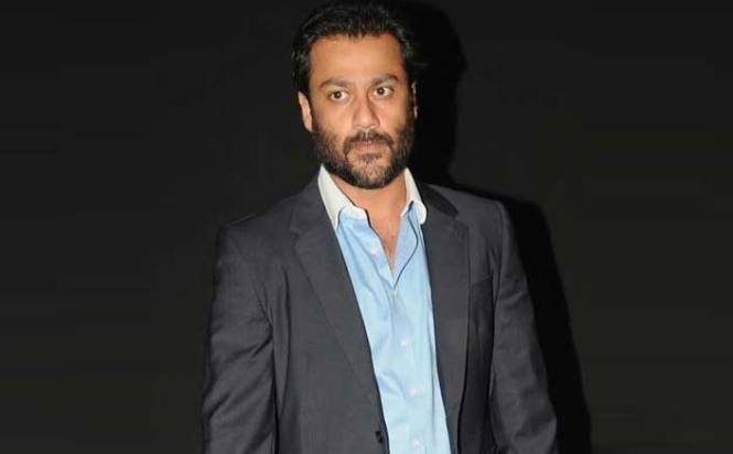 Abhishek Kapoor's Guy In The Sky has decided to part ways with Kriarj Entertainment on Kedarnath